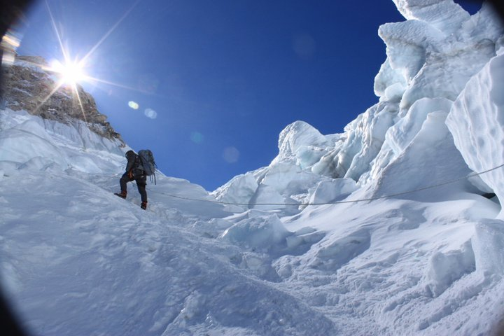 Pasang climbing through the ice fall in 2011 (close to the location of today's avalanche).